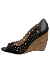 Modetrends, FS 2012, Damenschuhe, Sandalette