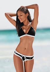 Bikiniform